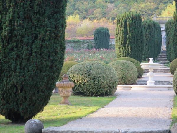 コンパクトだけどとても綺麗な庭園でした!
